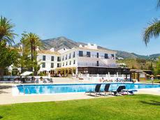 Dos hoteles más de Ilunion gestionados como CEE