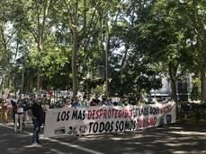 <span lang='ES-TRAD'>Un millar de agentes se manifiestan frente al Congreso</span> <div> </div>