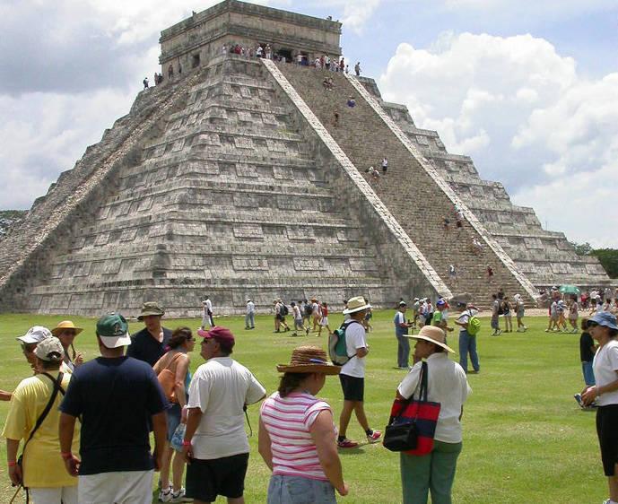 México prevé un aumento del 6% de turistas españoles