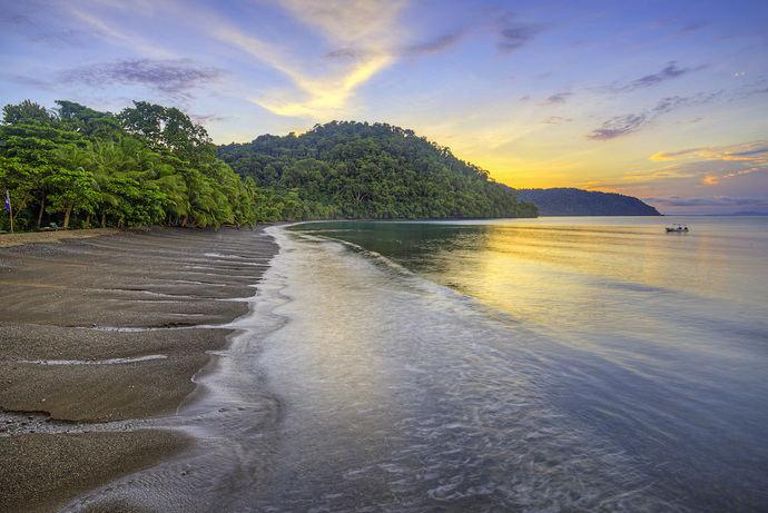 Vacunados y menores ya pueden viajar a Costa Rica sin seguro de viaje