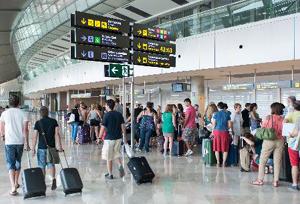 ¿Está cambiando el modelo turístico español?