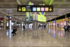 Los aeropuertos de costa despegan ante el verano