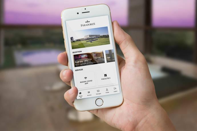 Paradores digitaliza sus servicios mediante una conserjería virtual