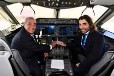 Juan José Hidalgo y Javier Hidalgo, en la presentación de la aeronave.