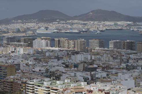 Las Palmas se prepara para la nueva temporada de cruceros, con más servicios