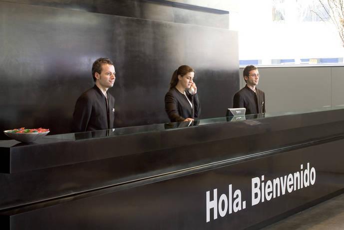 Agencias de viajes y hoteles vuelven a crear empleo después de seis meses negativos