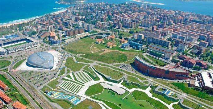 Santander se promociona en Fitur como destino cultural, urbano y de negocios