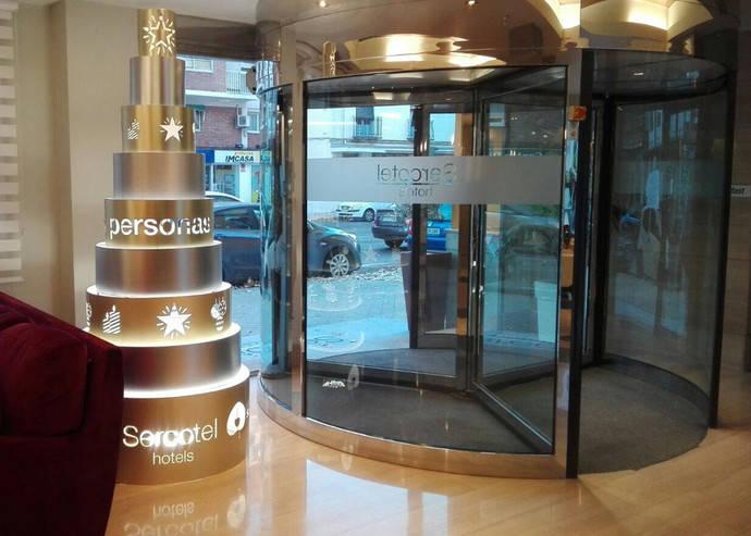 Sercotel Hotels lucirá árboles de Navidad solidarios
