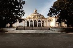 El Ayuntamiento de Sevilla propone abrir espacios para reuniones y eventos