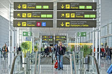 Los aeropuertos suben un 10% su tráfico en enero