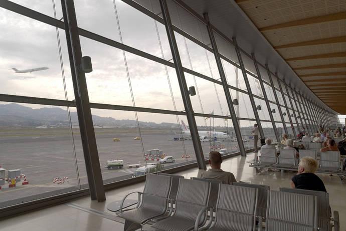 Los aeropuertos de Aena vuelven a crecer a doble dígito