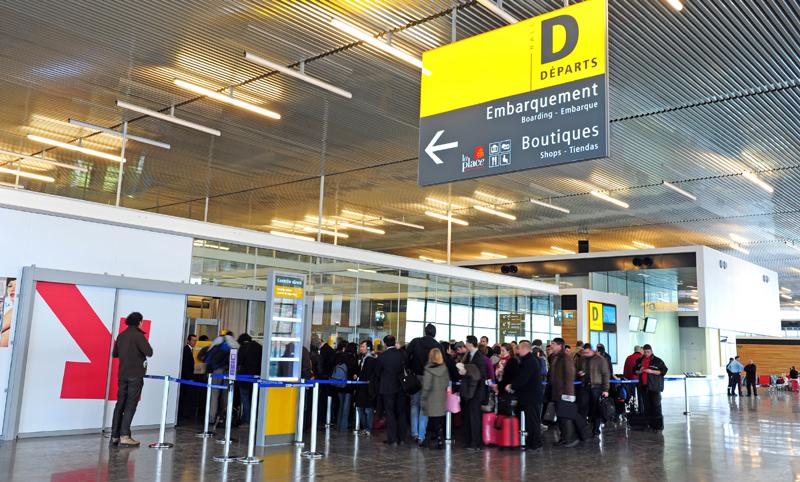 Caen un 2% en Francia las ventas de viajes a España