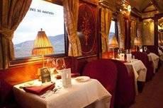 Los viajeros también disponen de una amplia oferta gastronómica.