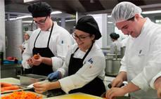 Canarias forma a 22 alumnos belgas de cocina