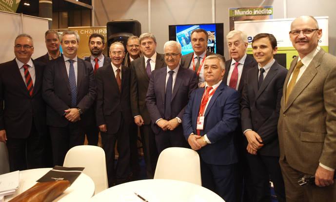 Ocho Asociaciones provinciales de agencias constituyen CEAV Andalucía