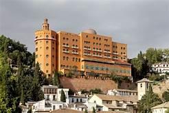 El Alhambra Palace celebra su 111 aniversario
