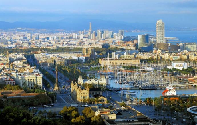 Cataluña, el destino español que menos crece en 2016
