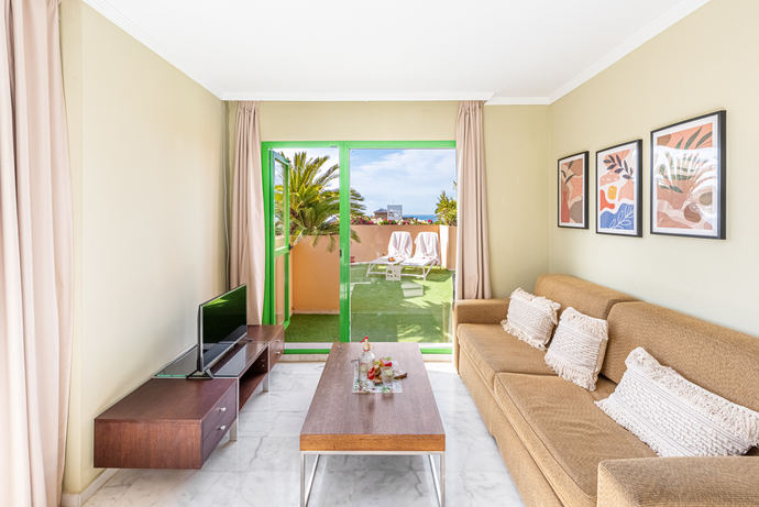 Reabre Riwo Hotel del Resort Holiday World
