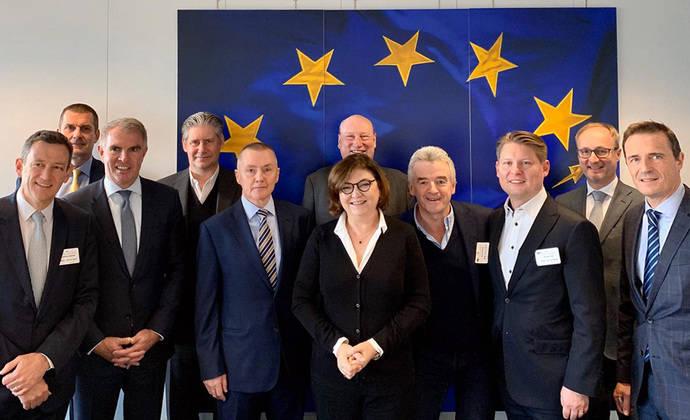 A4E traslada sus demandas a la Comisión Europea