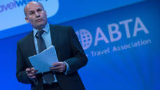 El director ejecutivo de ABTA, Mark Tanzer.