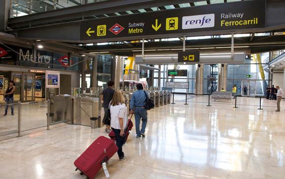 Las líneas aéreas piden la llegada del AVE a Barajas
