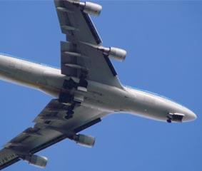 El aéreo insiste en la necesidad de medidas de auxilio