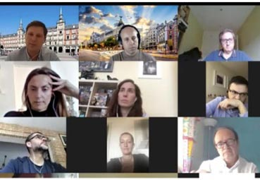 AEGVE junta a varios 'travel managers online'