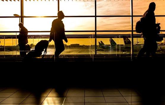 AEGVE y las agencias de viajes analizan la reactivación del 'business travel'