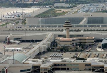 IATA avisa que si Aena sube las tasas 'retrasará la recuperación del Turismo'