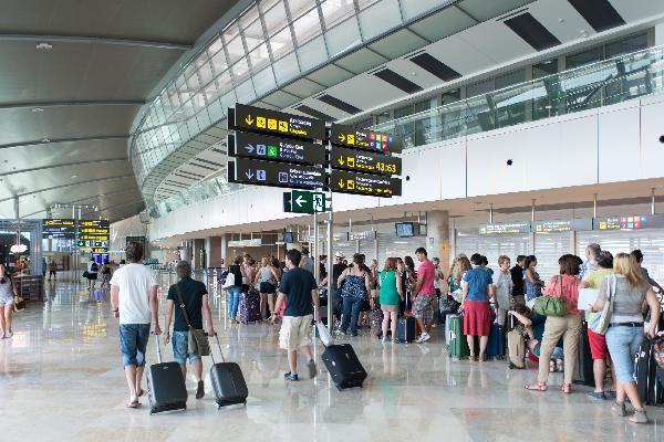 El avión domina en viajes domésticos de larga distancia