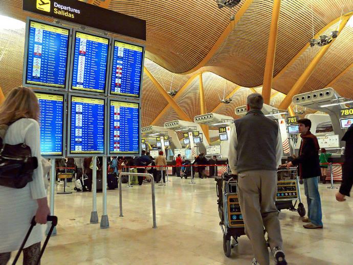 Tres aeropuertos acaparan el 53% de los pasajeros en España