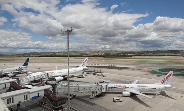 El Supremo no apoya la reducción de vuelos de Barajas