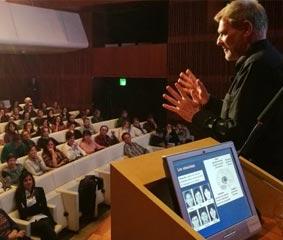 Las conferencias 'Educación siglo XXI' reciben a más de 2.500 personas en Galicia