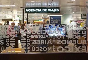 La agencia deberá responder ante los incumplimientos de proveedores, según Consumo