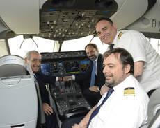 El presidente de Globalia, Juan José Hidalgo, en un vuelo inaugural.