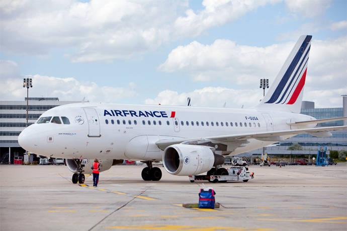 Air France: 'No cobramos de forma ilegal a los clientes'
