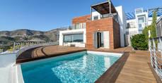 Más de 1,2 millones de viajeros visitaron España en familia a través de Airbnb