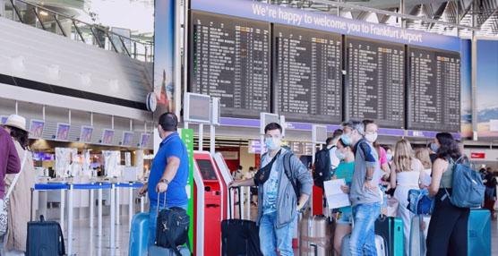 Alemania plantea sustituir las pruebas de coronavirus a los viajeros por cuarentenas