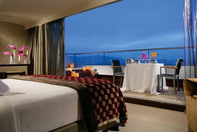 Aumentan las noches en hoteles en noviembre gracias al turista extranjero