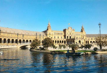 Andalucía presenta su oferta ante 200 agentes de Lufthansa