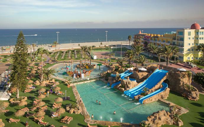 Andalucía acogió a 1,8 millones de viajeros en hoteles de la región en junio