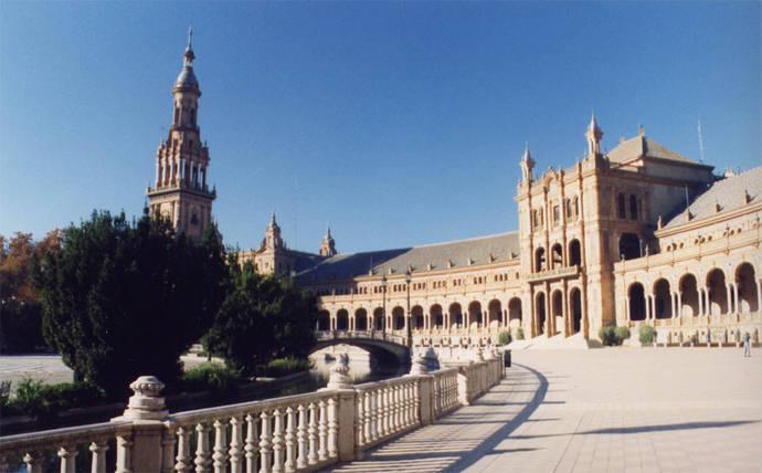 Andalucía roza los dos millones de noches en hoteles en enero, un 12% que en 2015