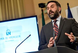 Las 1.646 agencias andaluzas tienen dos meses para adaptarse al nuevo decreto