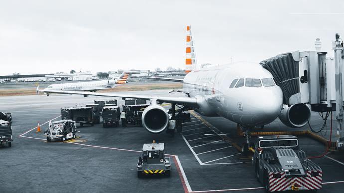 Sindicatos y ALA piden la exención temporal del pago de tasas aeroportuarias