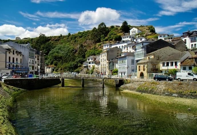 Asturias recibió 1.890.539 turistas entre enero y octubre de 2015, un 9,4% más