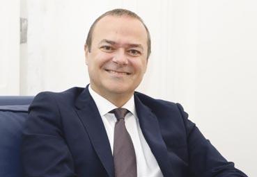 Augusto Hidalgo continúa como presidente del SCB