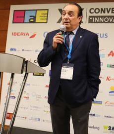 Luis Felipe Antoja interviene en una convención de Avasa.