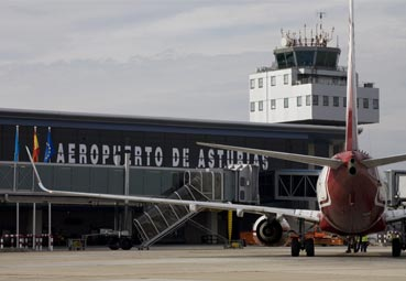 Avilés premia al Aeropuerto de Asturias