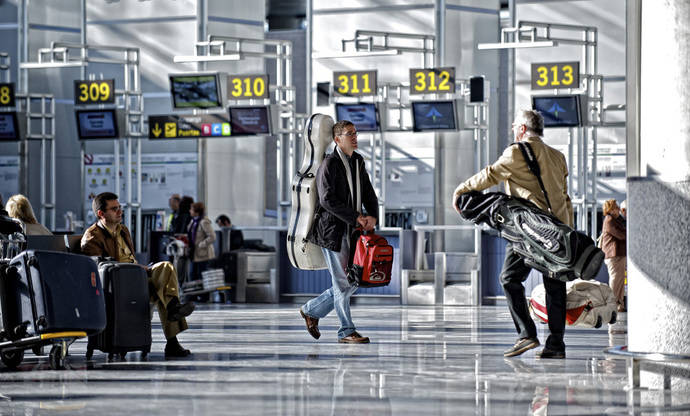 Los pagos por Turismo rozan en diez meses la cifra récord del global de 2015