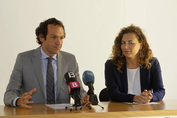 Canarias y Baleares piden la tarifa plana en vuelos interislas